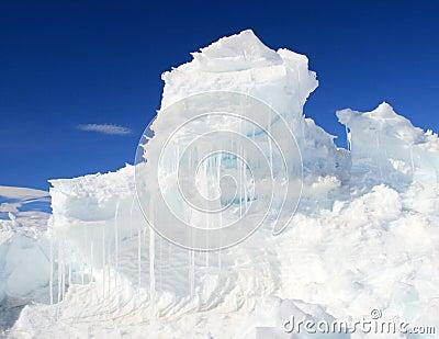 An ice hummock