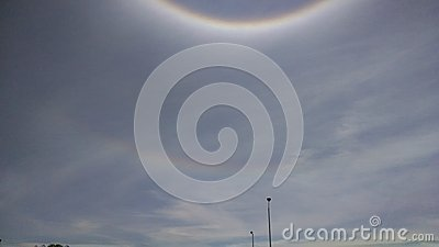 Ice particle sun ring