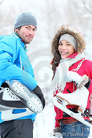 Free Ice Skating Winter Couple Stock Photography - 22642942