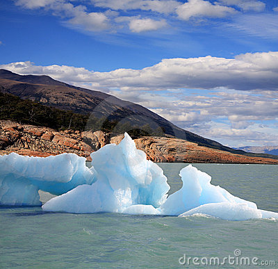 Iceberg in Argentina lake