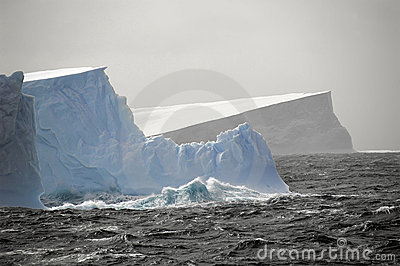 Icebergs rough waters