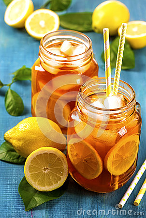 Free Iced Tea With Lemon Stock Photography - 75037462