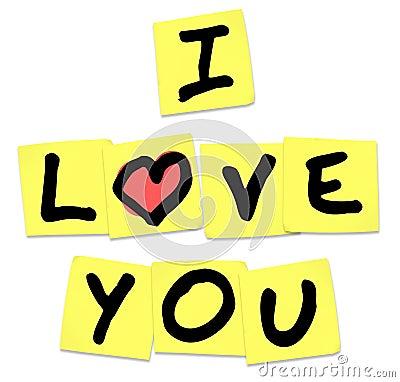 Ich liebe dich - Wörter auf gelben klebrigen Anmerkungen