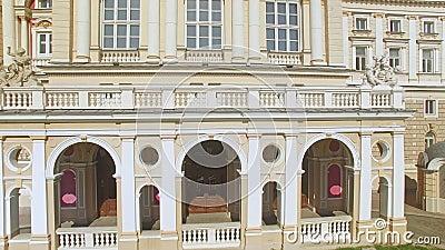 Ideia aérea do teatro de Odessa National Academic Opera e de bailado filme