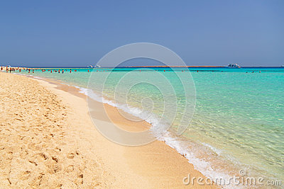 Idyllic beach with turquoise water in Egypt