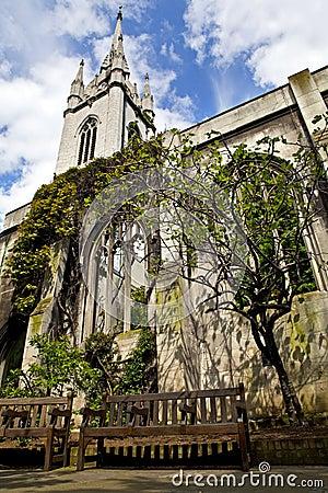 Iglesia del Dunstan-en--Este del St en Londres