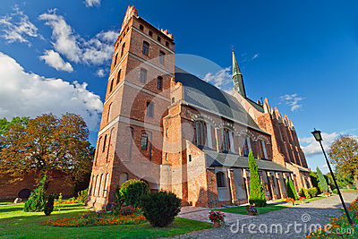 Igreja medieval de Fara em Swiecie