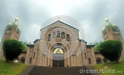 Igreja na névoa
