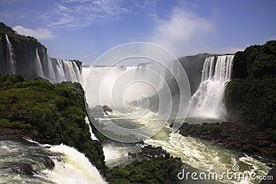 Iguassu (Iguazu; Iguaçu) Fall
