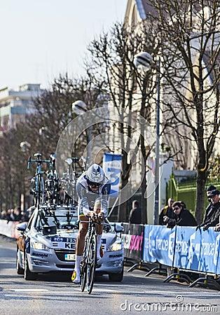 Il prologo 2013 di Keizer Martijn- Parigi del ciclista Nizza in Houilles Fotografia Editoriale