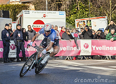 Il Prologue 2013 di Cylist Chavanel Sylvain Parigi Nizza in Houille Immagine Stock Editoriale