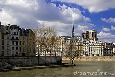 Ile DE La Cite en de Kathedraal van Notre Dame, Parijs