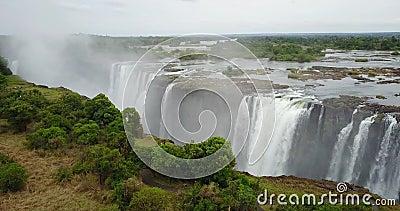 Imágenes en 4K de la vista aérea a las Cataratas Victoria, Zimbabue metrajes