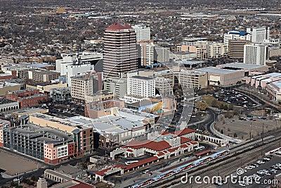Im Stadtzentrum gelegenes Albuquerque Redaktionelles Bild