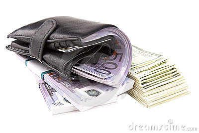 Image of a wallet  with money
