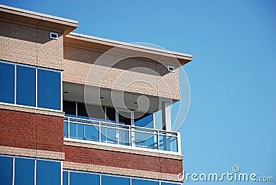 Immeuble de bureaux moderne 24