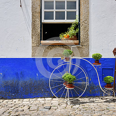 Free In The Streets Of The Picturesque Town Of Obidos, Portugal Stock Photos - 95615793