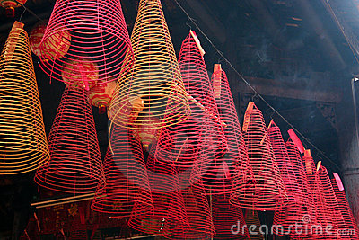 Incense, Tam Son Hoi Quan Pagoda, Ho Chi Minh City