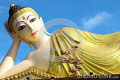 Inclined Buddha of Pra-thart Su-tone,Phrae