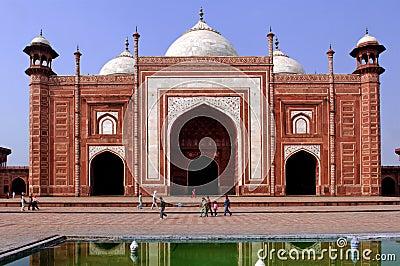 India, Agra: Taj Mahal mosque