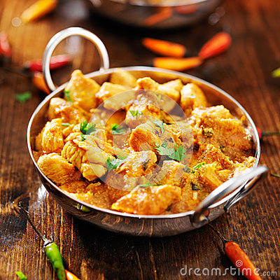 Free Indian Chicken Curry In Balti Dish Stock Image - 43242171