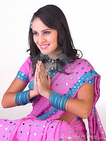 Free Indian Girl In A Welcome Posture Royalty Free Stock Image - 7746056