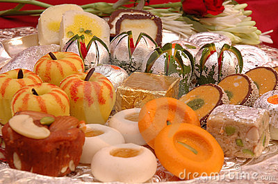 http://www.dreamstime.com/indian-sweets-mithai-thumb2101323.jpg