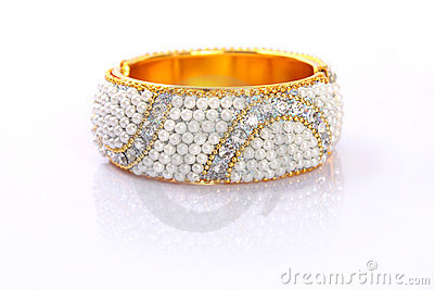 Indian Traditional Gold Bangle With Beads