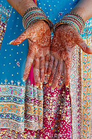 Free Indian Wedding Bride Getting Henna Applied Stock Image - 5233871