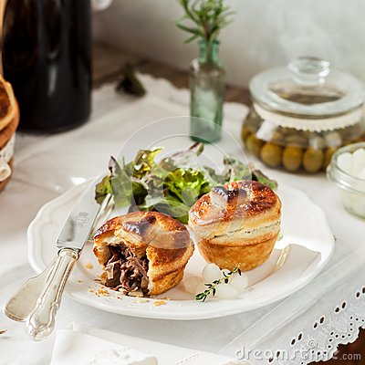 Free Individual Puff Pastry Meat Pies Royalty Free Stock Photo - 108938565