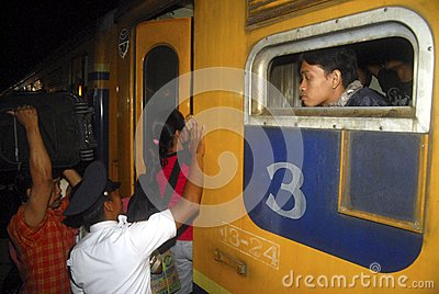 issues face in using public transport Many public transit systems, or parts of them, are either over or under used during peak hours, crowdedness creates discomfort for users as the system copes with a temporary surge in demand low ridership makes many services financially unsustainable, particularly in suburban areas in spite of significant subsidies and.