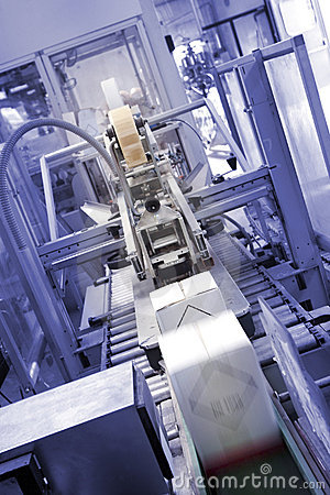 Free Industrial Packaging Machine Stock Photography - 2831262