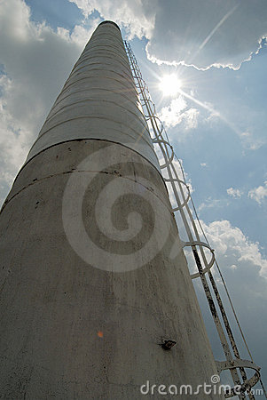 Free Industrial Smokestack Royalty Free Stock Images - 1055859