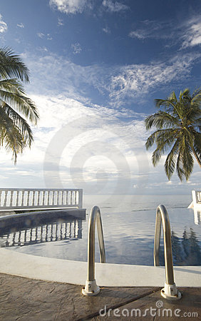 Free Infinity Pool Nicaragua Royalty Free Stock Photo - 1911975