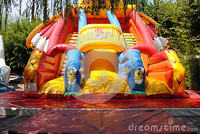 Inflatable air slide