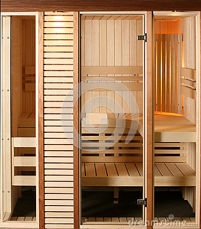 Free Infrared Sauna Cabin Royalty Free Stock Images - 39388339