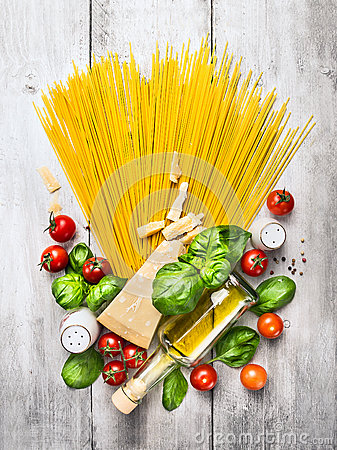 Free Ingredients For Spaghetti With Tomato Sauce On White Wooden Table Royalty Free Stock Photo - 50565105