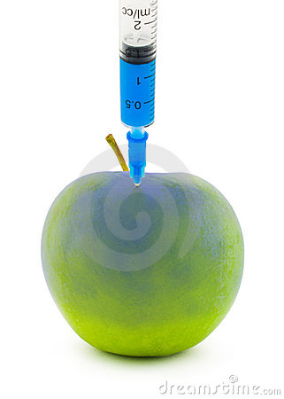 Injection in an apple