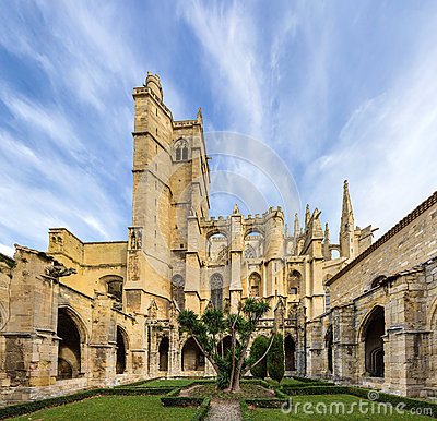 Free Inner Court Of Narbonne Cathedral - France Royalty Free Stock Image - 36874886