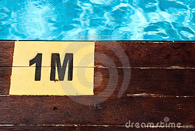 Inscription of the swimming pool depth of 1 meter