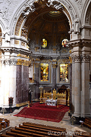 The inside of the Berliner Dom
