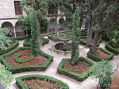 Inside Garden - La Alhambra