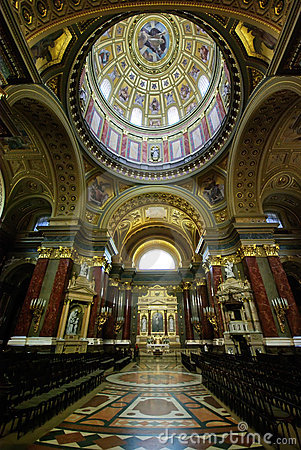 Free Inside Saint Stephen Basilica, Budapest Royalty Free Stock Photography - 10182747