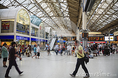 Inside view of Victoria Rail Station Editorial Stock Image
