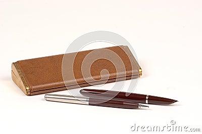 Insieme antico della matita e della penna