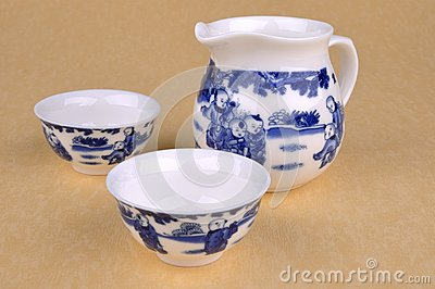 Insieme degli articoli blu cinesi del tè della pittura
