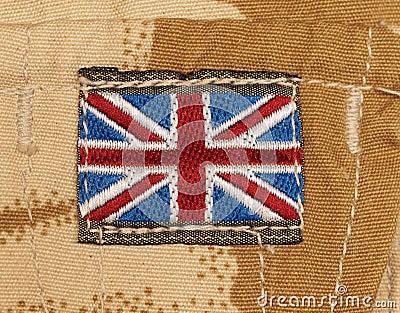 Insigne britannique d armée sur le camouflage de désert