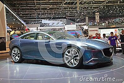 Inspección previo del concepto de Mazda Foto de archivo editorial