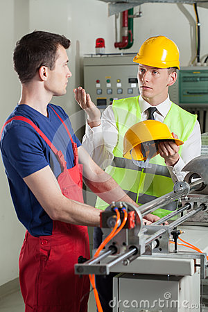 Free Inspector Controlling Safety During Work At Factory Royalty Free Stock Images - 43540779