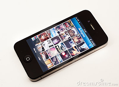 Instagram app en iPhone Foto de archivo editorial